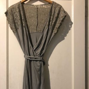 Dresses & Skirts - Gray wrap dress with lace details